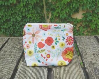 Flowery toiletry bag
