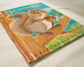 Vintage children's book Scamper by Marjorie Barrows Illustrated by Jean Tamburine 1959