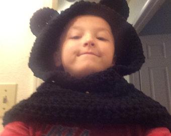 hooded cowel