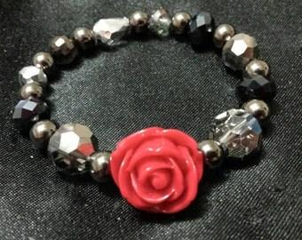 Red rose glass beaded bracelet