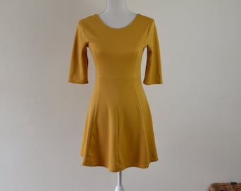 90s Skater Dress  |   Mustard Skater Dress  |   Yellow Ochre Dress