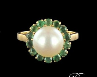Old Pearl Emerald yellow gold 18K Vintage ring