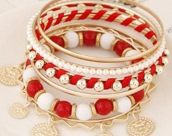 Golden plates penda multiple layers beads and alloy combo fashion bangle-red