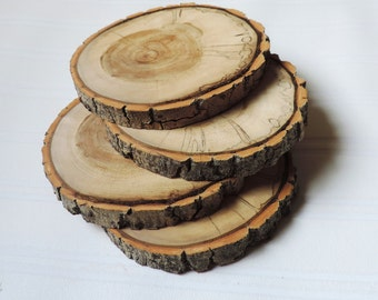 Wood Coasters/natural wood slice/woodland style/rustic home decor/rustic wedding favors/country shabby chic style/bark intact on wood slice