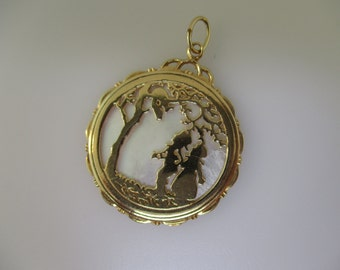 14K Yellow Gold  Mother of Pearl Disk Children Watching a Squirrel in Tree Pendant