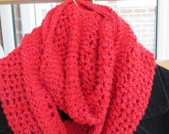 Hand spun cowl in finest merino and tussah silk