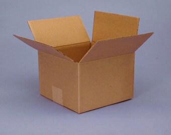 "Shipping Boxes 25- 7"" X 5"" X 5"" 200# Kraft RSC Carton"