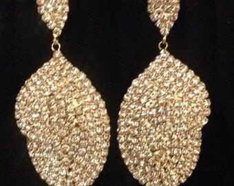 Elegant Gold Rhinestone Dangle/Chandelier Earring