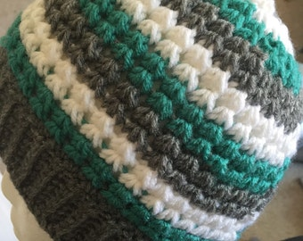 Infinity stitch beanie with and without pompom
