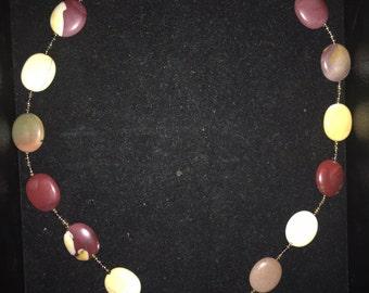 Maroon/cream Necklace