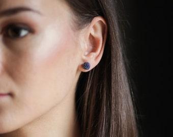Stud earrings. Blue stud earrings. Beaded stud earrings. Small stud earrings. Everyday earrings. Seed bead earrings. Handmade earrings