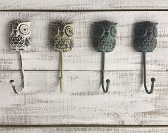 Cast Iron Distressed Owl Hooks