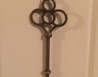 Antique Vintage Key Necklace
