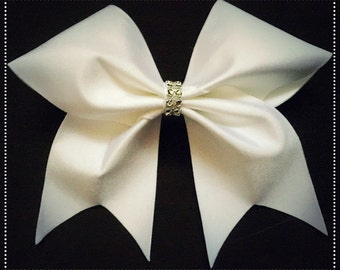 White Pearlescent Bow - Free UK P&P!