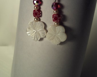 Shell flower with red beads