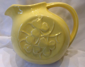 McCoy 1940s Vintage Yellow Pitcher with Clover