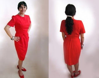 Small Adorable Red Jewel Neck Day Dress with Waist Bow