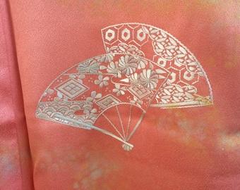 embroidery fan shape pattern kimono
