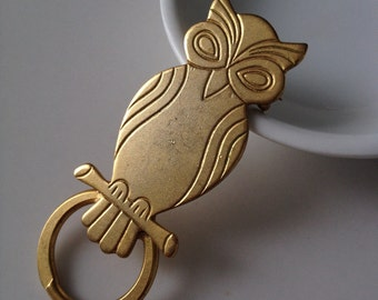 Vintage Wise Golden Owl Brooch Pin Harry Potter Round Circle Perch