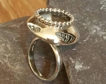 Statement Fashion Ring,Modern Bead Trim Ring,Sterling Silver  Ring, 925 Bead Trim Ring Black Pearl Effect Ring, Bead Style Ring, UK Shop