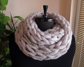 Handmade Infinity Scarf, Fall/Winter Scarf, Knitted Scarf, Neck Warmer