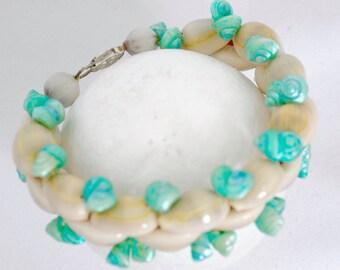 "Bracelet 7.5"" Antique Seashells"