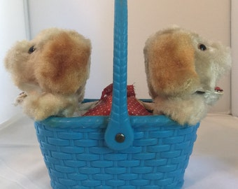 1960s Alps Wind Up Plush Hungry Puppies in Plastic Basket, WORKS, Made in Japan FREE SHIPPING!