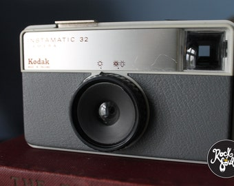 Vintage Kodak Instamatic 32 Camera - 1972