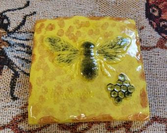 Bumble Bee  garden/wall plaque