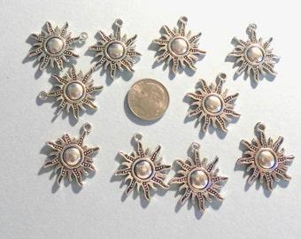 Antique Silver Sunburst Charms (1011)