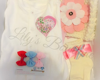 Newborn girls gift box