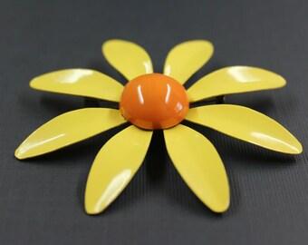 Vintage Yellow Daisy Enamel Pin Brooch
