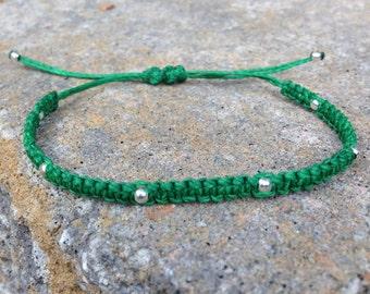 Macrame' Green Silver Beads