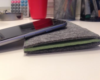 Business Must Have Accessory - The Iphone Felt Double Pocket Holder