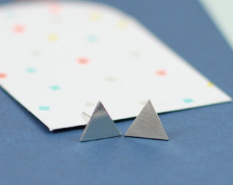 Silver triangle earrings -  triangle earrings - simple earrings -  hypoallergenic earrings - everyday earrings - modern earrings - gifts