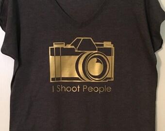 I Shoot People - Photography tee