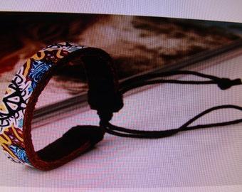"""Fashionable """"CHIC"""" Leather Bracelet"""