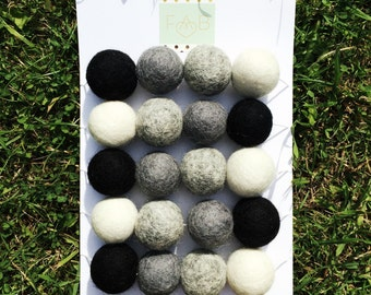 Monochrome Garland (4 colours) - FREE UK Delivery