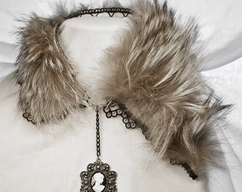 Silver Fox Stole With Cameo