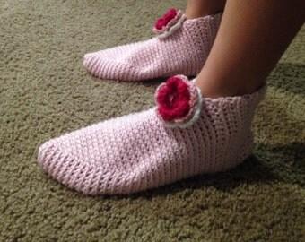 Women's crochet slippers - size 8