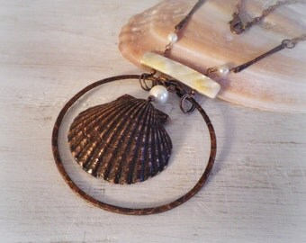 Beach necklace, shell necklace, ocean necklace, mermaid necklace, seashell necklace, shell pendant, copper necklace, copper shell jewelry