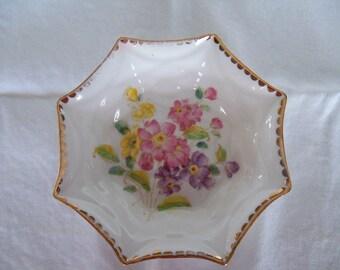 Royal Standard China dish - Lorraine pattern