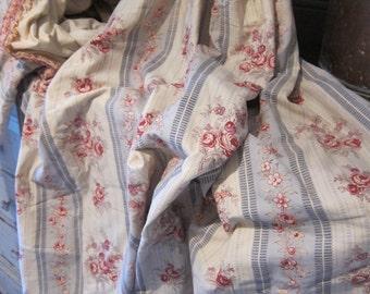Charming  pair of château curtains