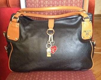 beautiful large vintage handbag