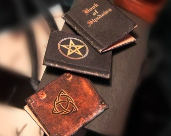 Miniature Magic Books - Book of Shadows - Wicca - Witches Pentacle - Printable Instant Digital DOWNLOAD - Scale 1:12