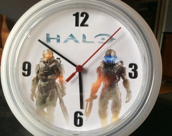 Halo (video game) Upcycled Wall Clock