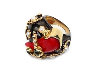 Red Gemstone Ring. 925 sterling silver w 18k  gold plated