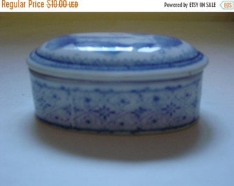 On Sale Vintage Oval Asian Trinket box 1950's  White Blue