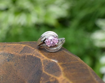 Pink Gemstone Silver 925 Swirl Solitaire Ring, US Size 4.5, Used Vintage