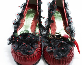Loafers for women, women's shoes, loafers with flowers, red loafers, loafers applications, loafers handmade, exclusive loafers